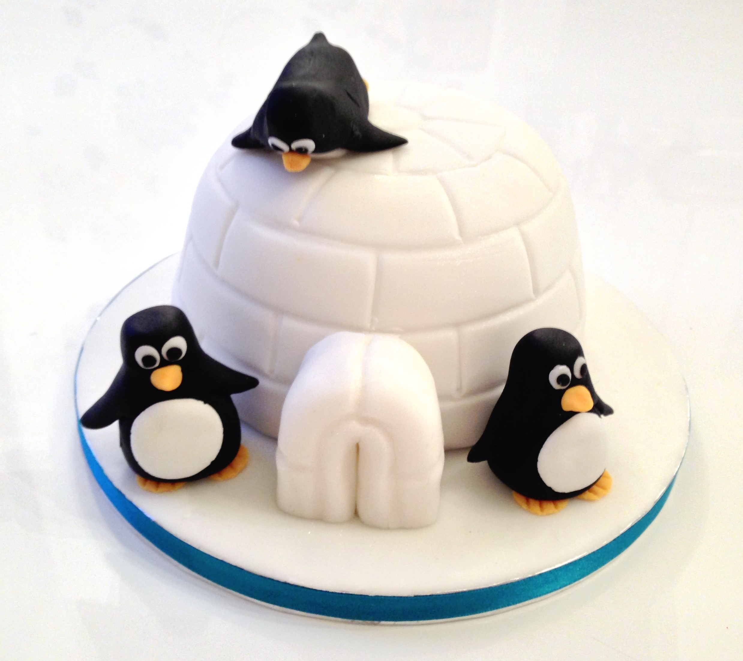 Christmas Decorating Ideas Penguin Cake The Fondant Fancy